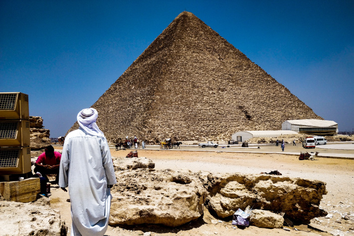 Visiting the Pyramids Of Giza Without A Guide